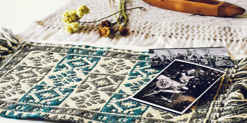 ヤノフ村の織物